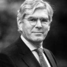 Prof. mr. dr.  B.T.M.  Steins Bisschop);