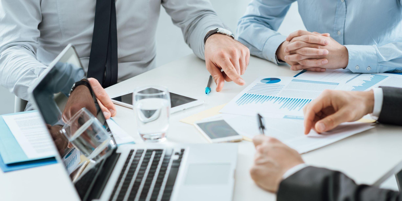 course-webinar-aansprakelijkheid-voor-beleidsbepaling-een-drieluik-over-de-feitelijke-beheersing-van-vennootschappen.jpeg
